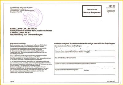 Postsache - Sammelumschlag für Nachsendungen ins Ausland mit ungewöhnlichen Absenderstempel der Deutschen Post vom Briefzentrum 35 aus Giessen