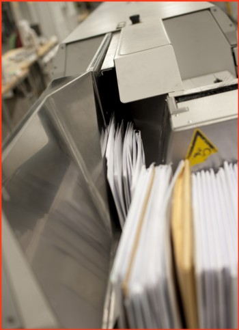 Pressefoto von Siemens - der Einzug der Briefe mit der Vereinzelung der Sendungen